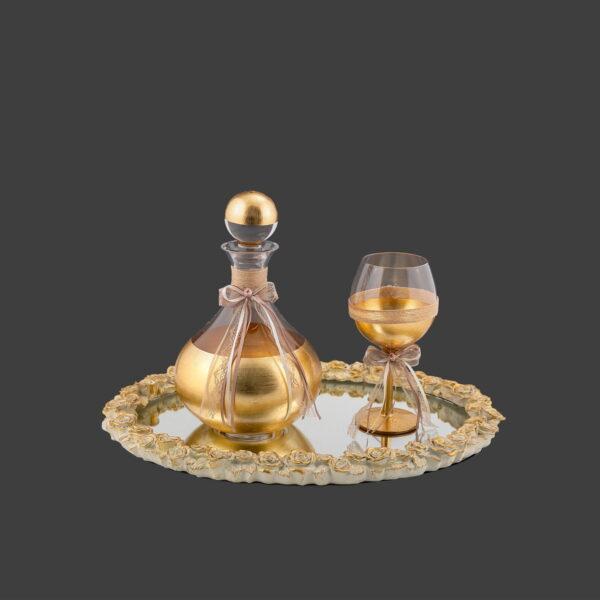 Σετ γάμου καράφες ποτήρι κρασιού και δίσκος