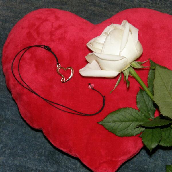 Βραχιόλι ασημένιο με καρδιά