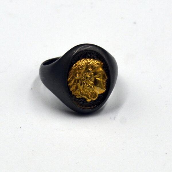 ανδρικό δαχτυλίδι με κεφαλή Αλέξανδρος