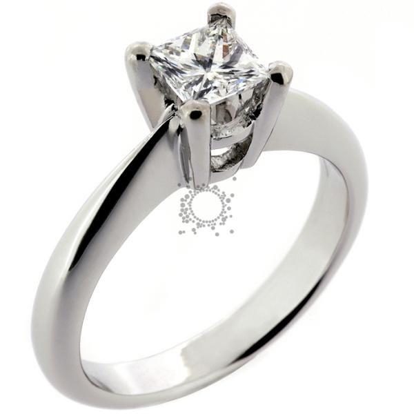 Μονόπετρο λευκόχρυσο Κ18 με πρίνσα διαμάντι