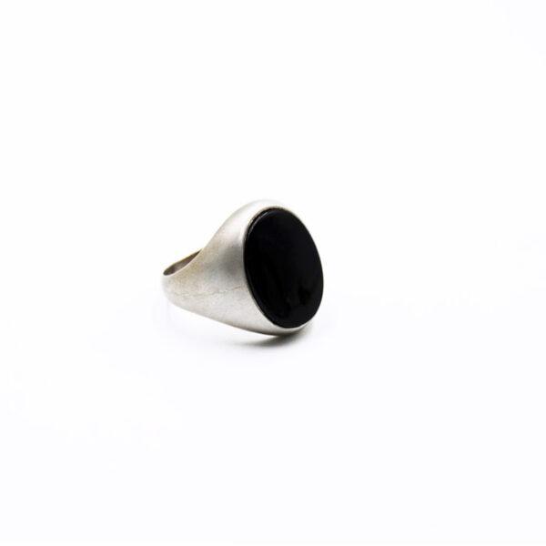 ανδρικό δαχτυλίδι ασημένιο με ημιπολύτιμη πέτρα