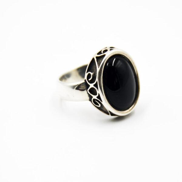 ανδρικό ασημένιο δαχτυλίδι με όνυχα