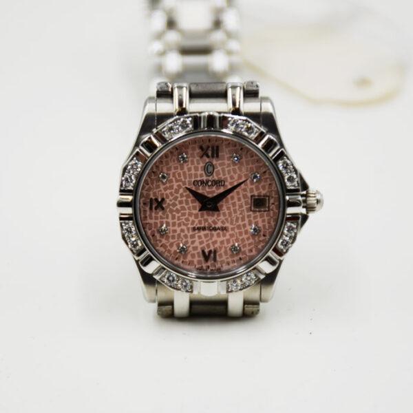 γυναικείο ρολόι με μπριγιάν σε μοντέρνο σχέδιο