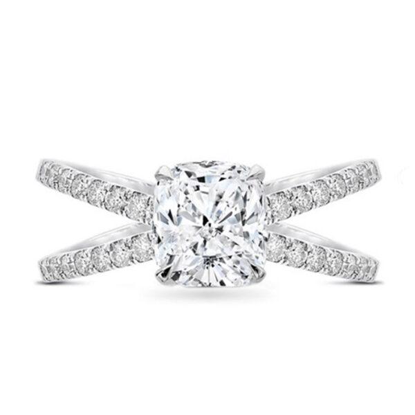 Μονόπετρο δαχτυλίδι λευκόχρυσο με φινέτσα και στυλ