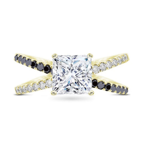 Elegant μονόπετρο δαχτυλίδι με λευκά και μαύρα διαμάντια