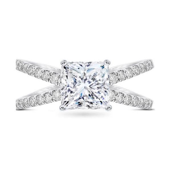 Chic-vintage μονόπετρο δαχτυλίδι με τετράγωνο διαμάντι