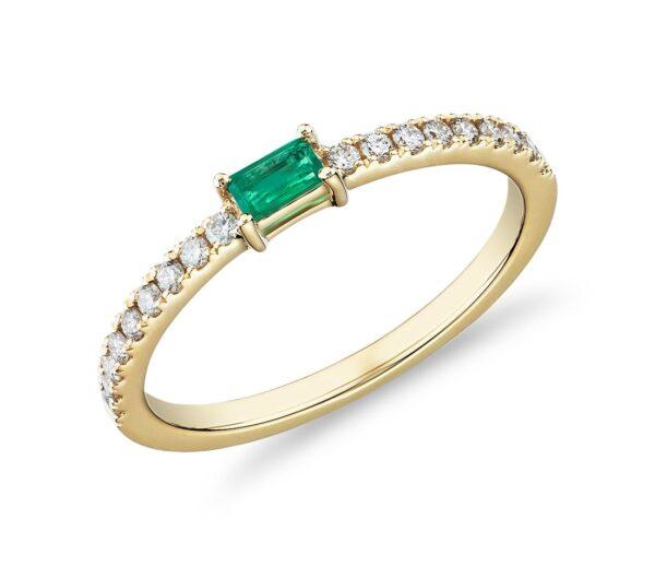 Δαχτυλίδι γυναικείο με σμαράγδι και διαμάντια